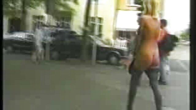 دختر شلیک می کند و فیلم وارد می شود عکس سکس کس خونی