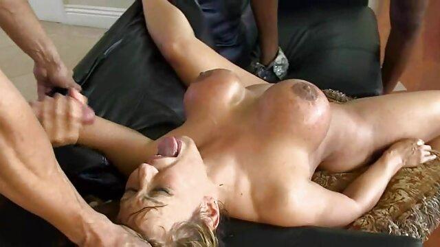 جوانان بزرگ پشت با سبزه داغ کثیف عکس سکسی کس گنده می شود