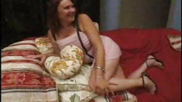 Milf Rides - Milf Dee Williams مو بور و شاخ سنگینی روی صورت خود می گیرد عکس سکسی کوس کون - قسمت 1