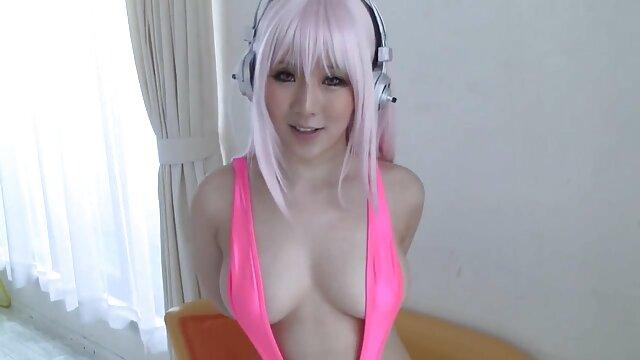 4 11ft 11in نوجوان لیندا تقدیر می کند در عکس سکسی کون و کس dildo بزرگ است