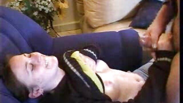 مامان انگلیسی Kez Dildo لذت می برد سوراخ خود را عکس های سکسی کس کردن