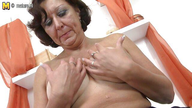 او صورت او را پس زد عکس کیر وکون وکس و سپس خروس او را تکان داد و به سختی لعنتی کرد